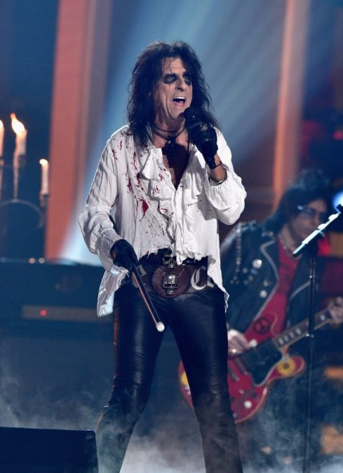 Alice Cooper - 12/17 - Kevork Djansezian/Getty Images
